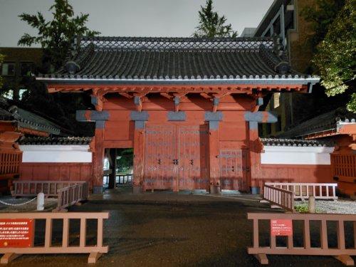 スマートフォンのカメラ性能比較-東京大学赤門