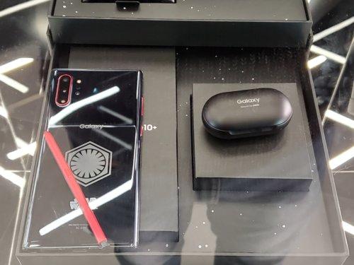 【本日発売】Galaxy Harajuku では購入特典あり、実機の展示もあり┃docomo Galaxy Note10+ Star Wars Special Edition (SC-01M)