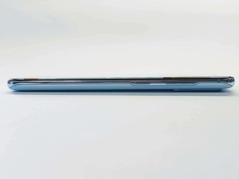 Galaxy S20 5G 右側