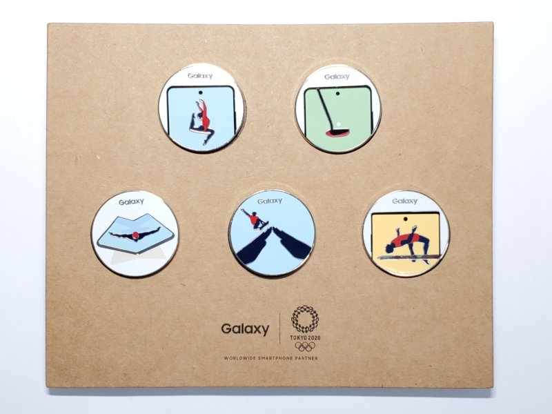 Galaxyオリジナルの東京2020ピンバッジ