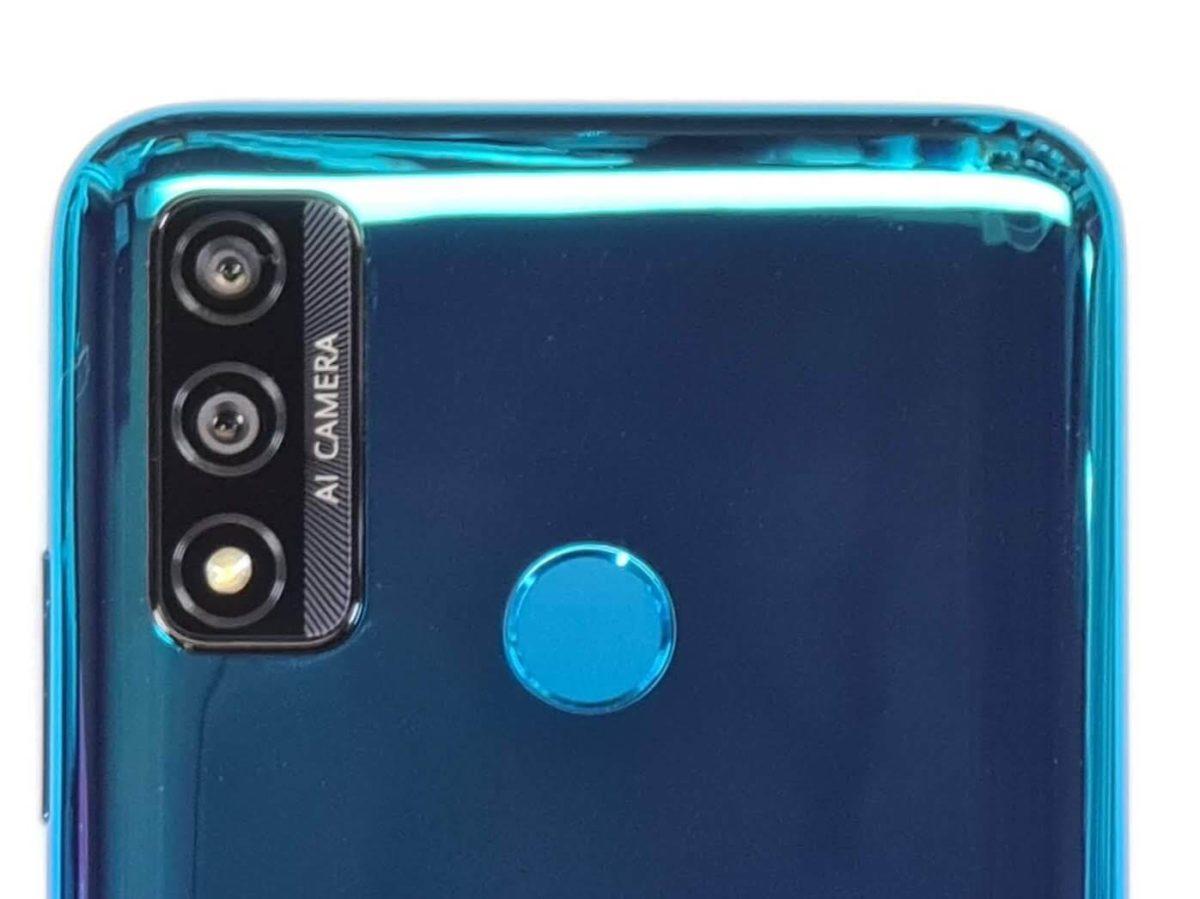 HUAWEI nova lite 3+のアウトカメラ